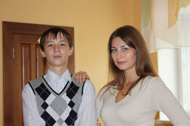 A Cute Russian Teacher That Will Make You Want to Go Back to School